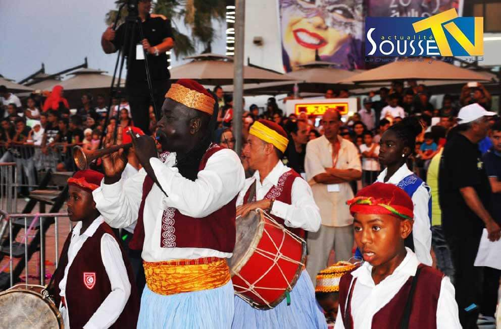 27 جويلية 2016 : مهرجان استعراض اوسو بوسط مدينة سوسة الجزء الثاني